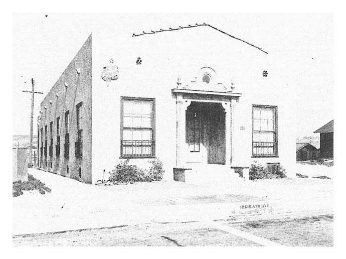 Neptunian Woman's Club of Manhattan Beach: History - The Clubhouse
